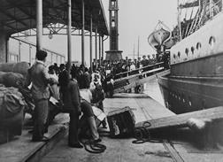 Inmigrantes en el Puerto de Bs